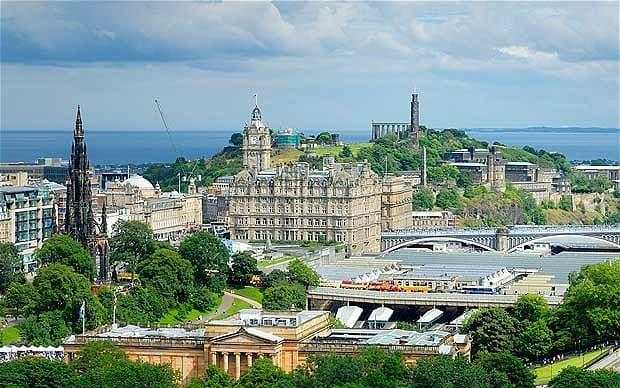 Edinburgh_2295669b